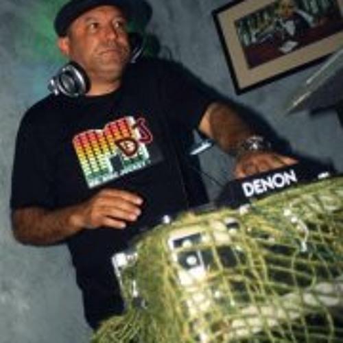 DJ Steve Garcia's avatar