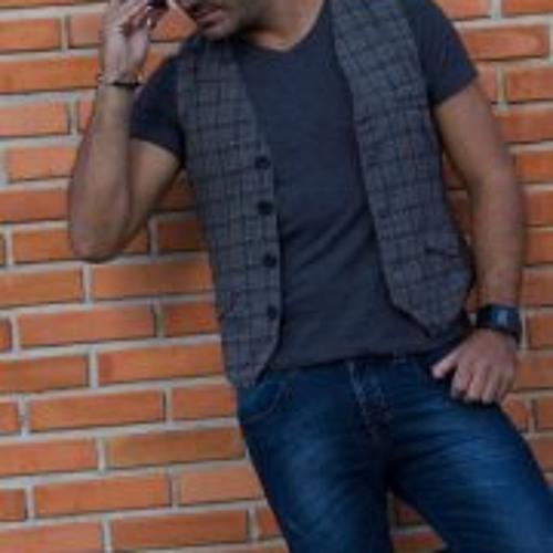 Mario Deluca's avatar