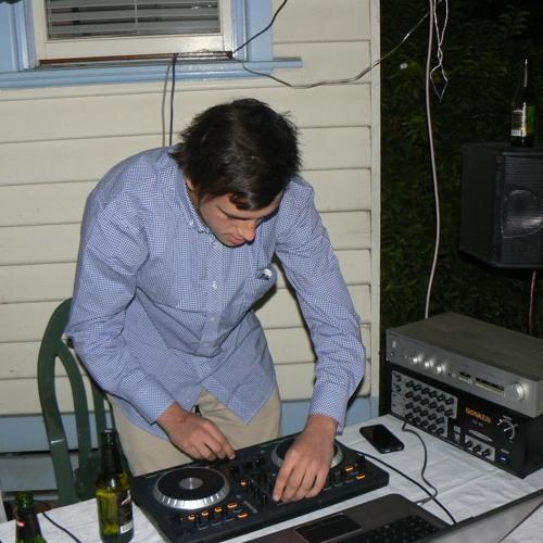 Dylan Henschel's avatar
