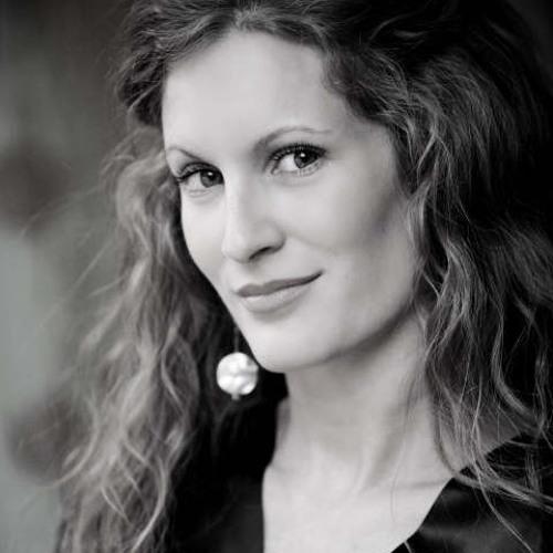 AmandaHorton's avatar