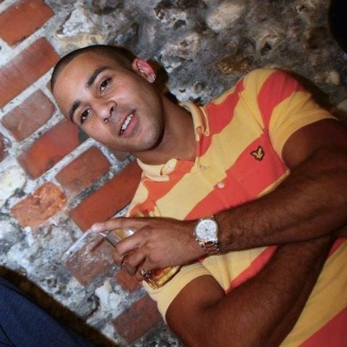 dj mc Charlie 2012's avatar