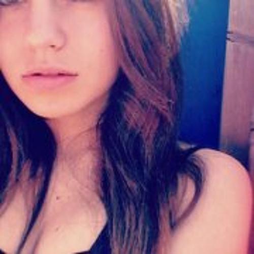 Andreaa Mirado's avatar