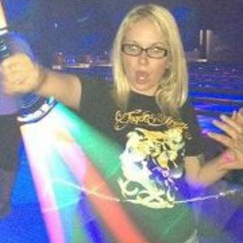 Nicole Henley's avatar