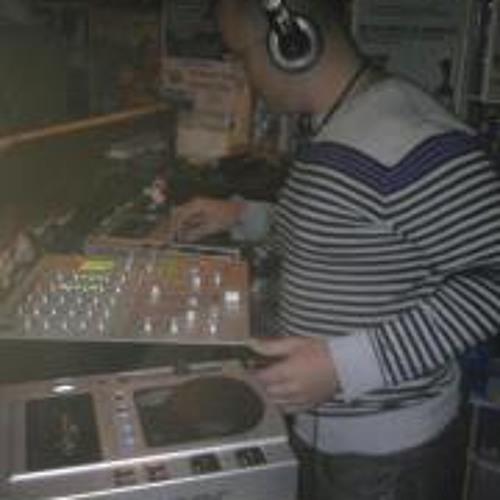 Alvaro Esteve Marco's avatar