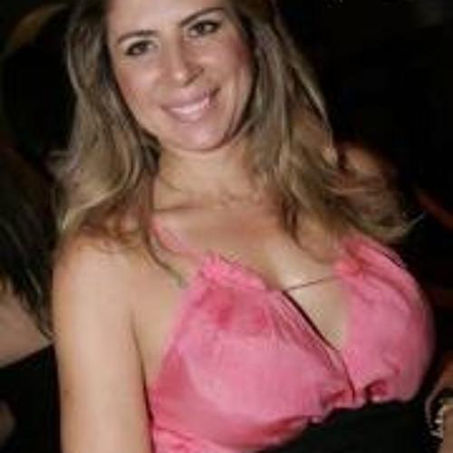 Cassia Abrantes's avatar