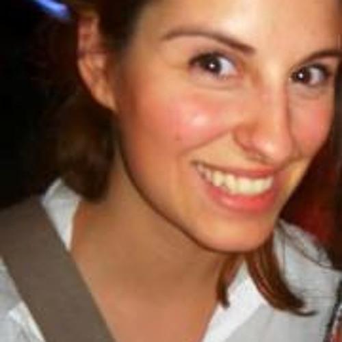 Miriam Cyr's avatar