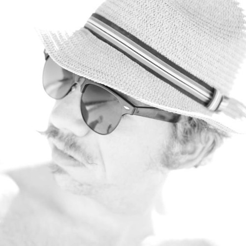 Dennis Conrow's avatar