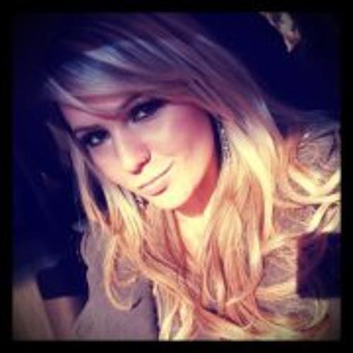 Nathy Figueiredo's avatar