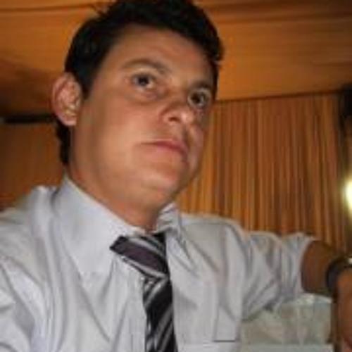 Carlos Bordini's avatar