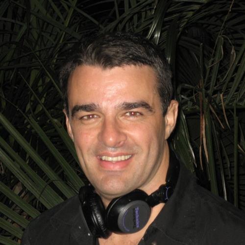 DJ Otavio Sampaio's avatar