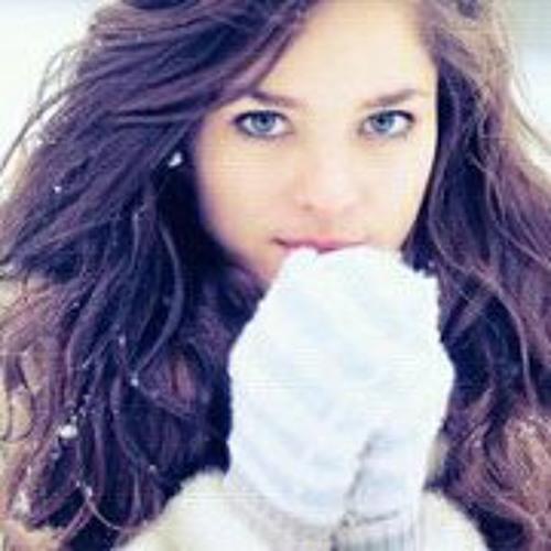 Aneesha Hussian's avatar