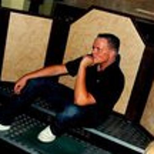 Lj Chris's avatar