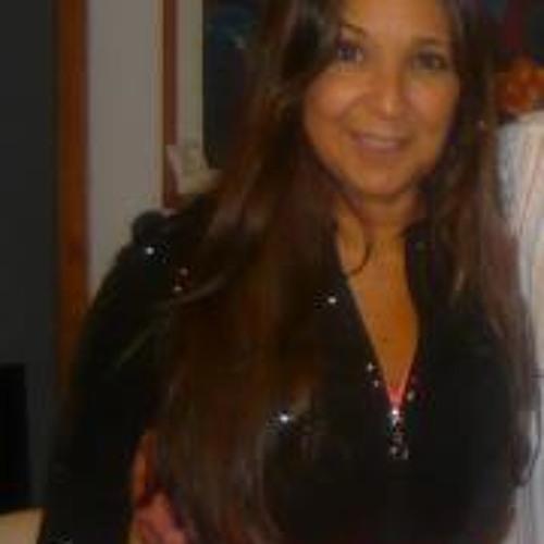 Anahi Zorian's avatar