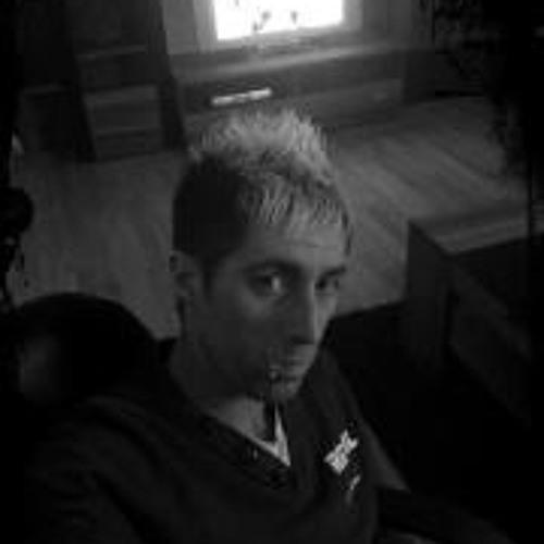 sascha33's avatar
