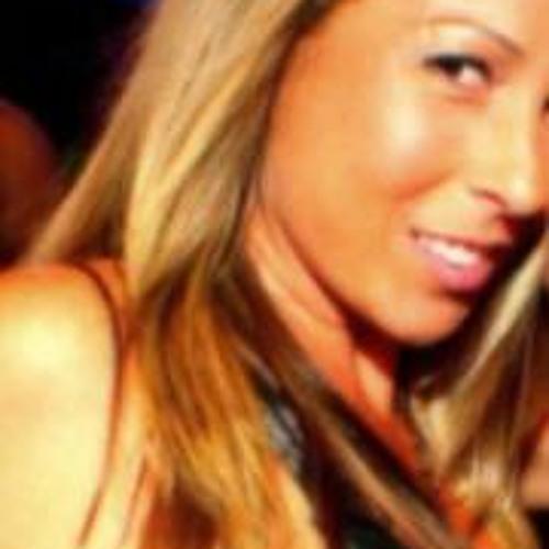 Sarahsavage25's avatar