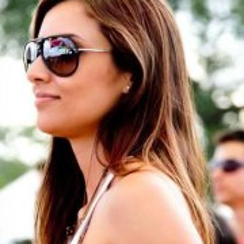 Estela Rodrigues 1's avatar
