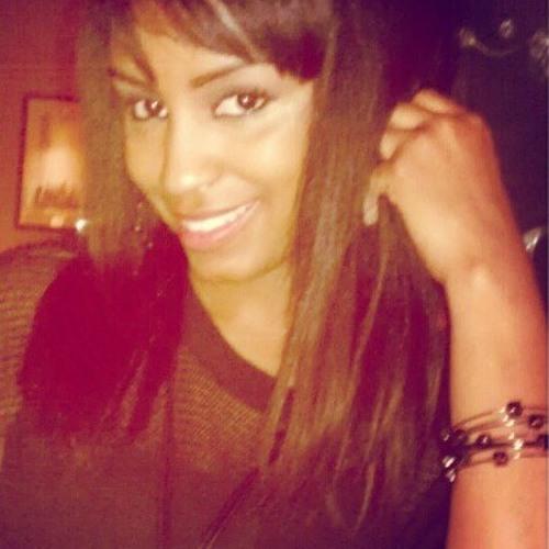 Nikki Bravo's avatar