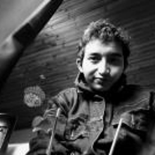 Julian Velasco's avatar