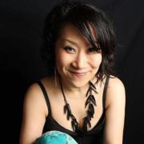 Seung-Hee's avatar