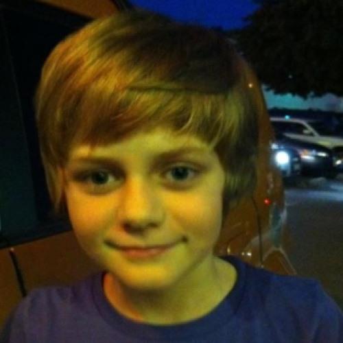 ty simpkins's avatar