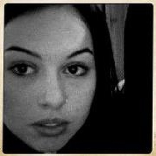 Andréa Gonçalves 1's avatar