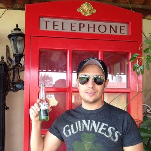Dr. Mauricio's avatar