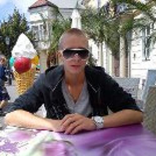 Molnár Máté 3's avatar