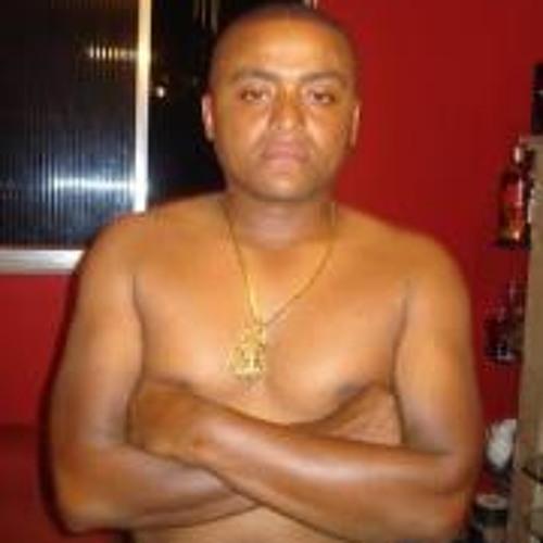 Angelo Jacare's avatar