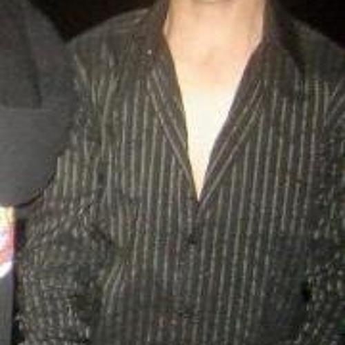 Ariel Hekmat's avatar