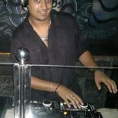 Aaj zidh na karo - Shankar tucker  ft Rohini Ravada