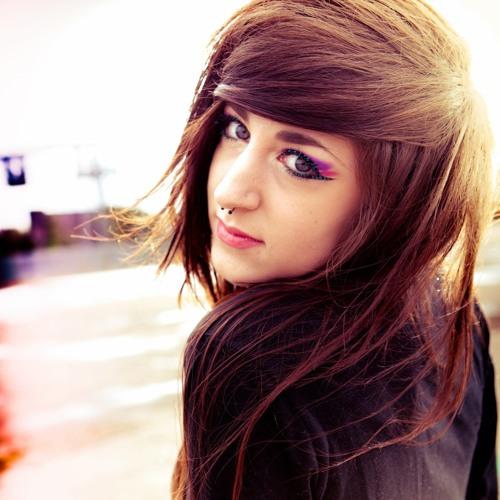 Charlotte Rose's avatar