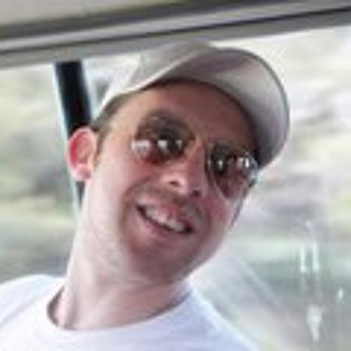 Victor M Guerra's avatar