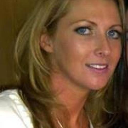 tinawareing34's avatar