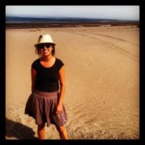 Angela Marsh's avatar