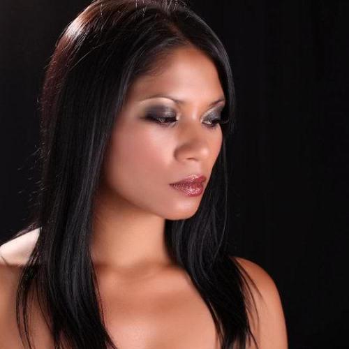 Naz Holland's avatar