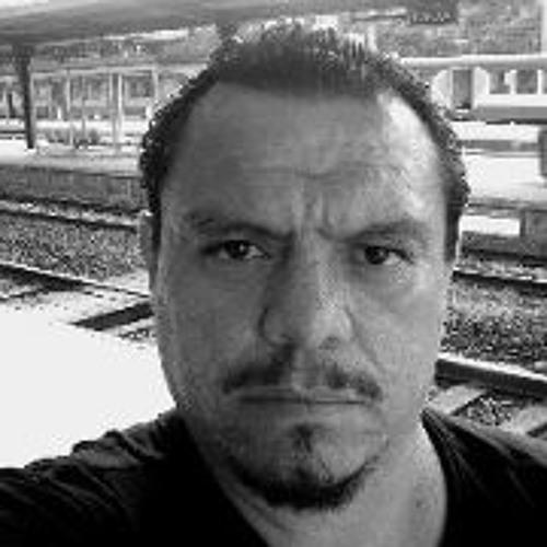 Marco Carlos Avalos's avatar