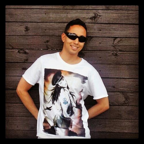 Thiago Teixeira Lins's avatar