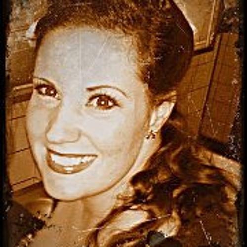 Lunas Tanita's avatar
