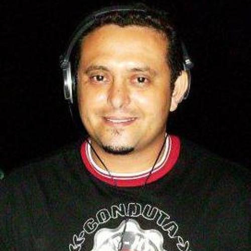 dj flávio rezende's avatar