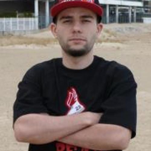 Robert Canale's avatar