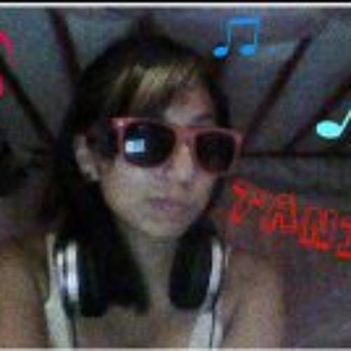 Tania VL's avatar