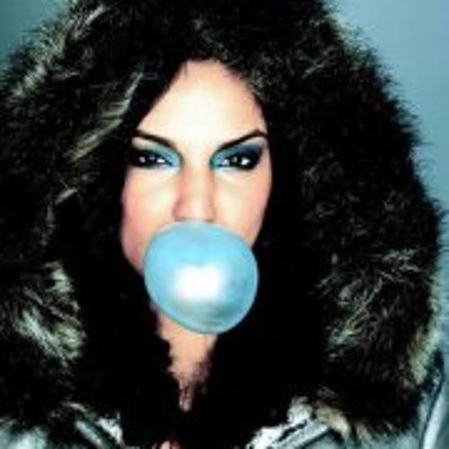 Nora Gyptian Nussbaumer's avatar