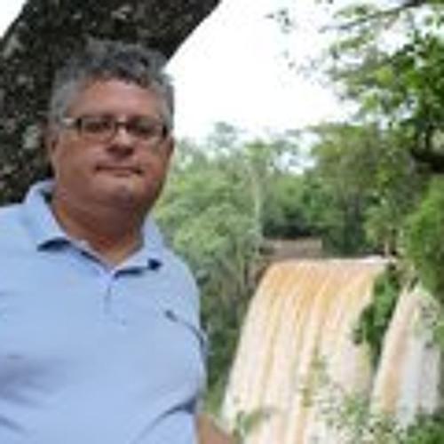 Artur Uliano's avatar