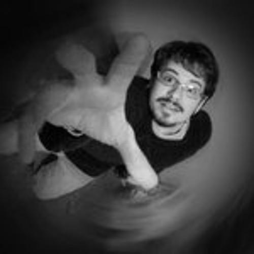 Leo Esmerio's avatar