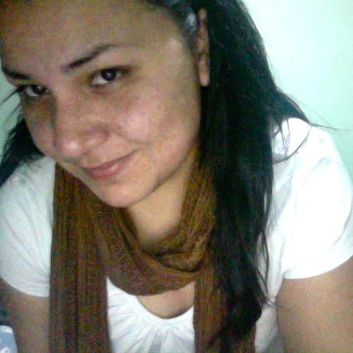 Monse Larregui Flowers's avatar