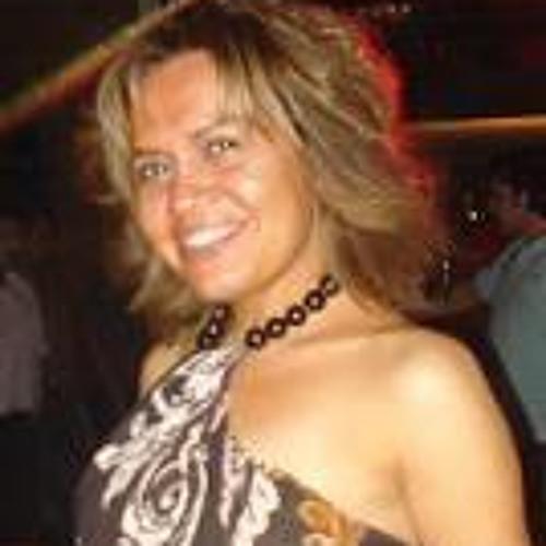 Patricia Alrringo's avatar
