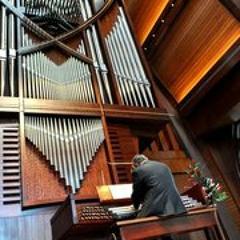 Tomaso Albinoni - Adagio in G minor for Organ and Strings - Ryan Hebert, org; Haig Mardirosian, cond