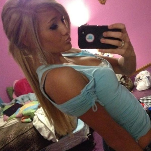 Candice LuvsYu's avatar