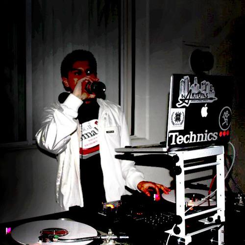 DJ ARTEMIS's avatar