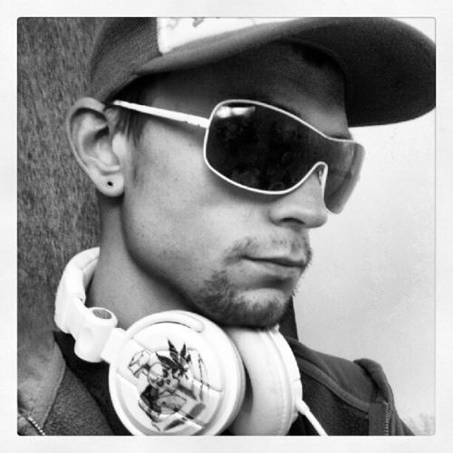 DJ Psylar's avatar
